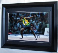 UB1EBF USAIN BOLT SIGNED